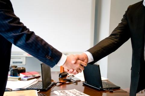 会社設立、変更の届出に関すること